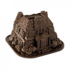 Molde Haunted Manor Nordic Ware®