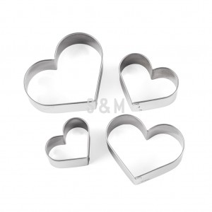 Set x 4 Cortantes Corazones